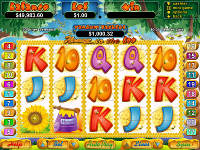 Play Honey to the Bee Slots now!